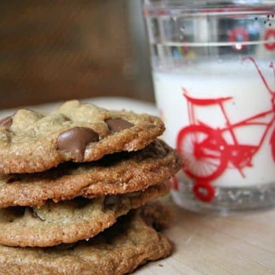 Crispy Chewy Chocolate Chip Cookie