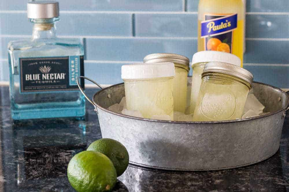 Mason jar margaritas make every party better!