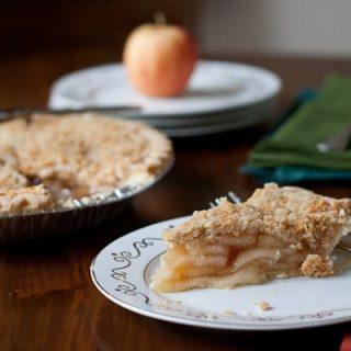 Cheddar Crumble Apple Pie