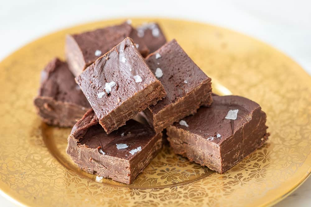 Dark chocolate fudge with sea salt
