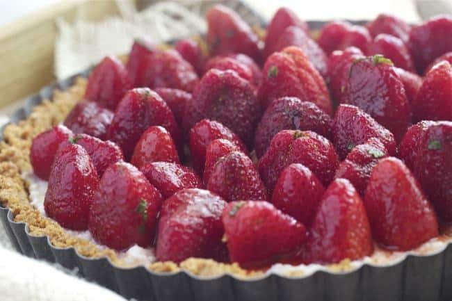Strawberry Mint Ricotta Tart - Make the most of spring strawberries with this fresh and simple strawberry mint tart.