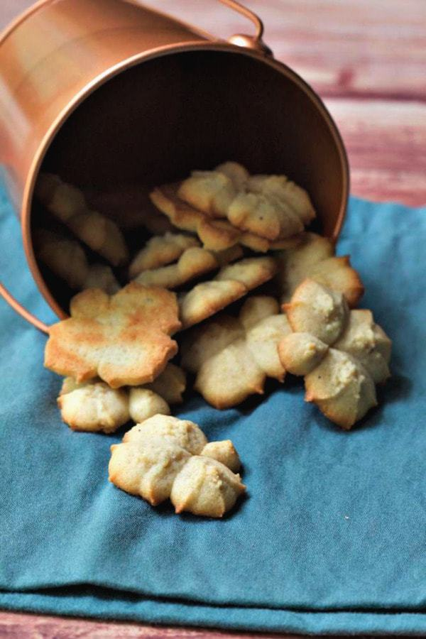 Chai Spritz Cookies for the 2014 #OXOGoodCookies campaign are a flavorful way to celebrate the season.
