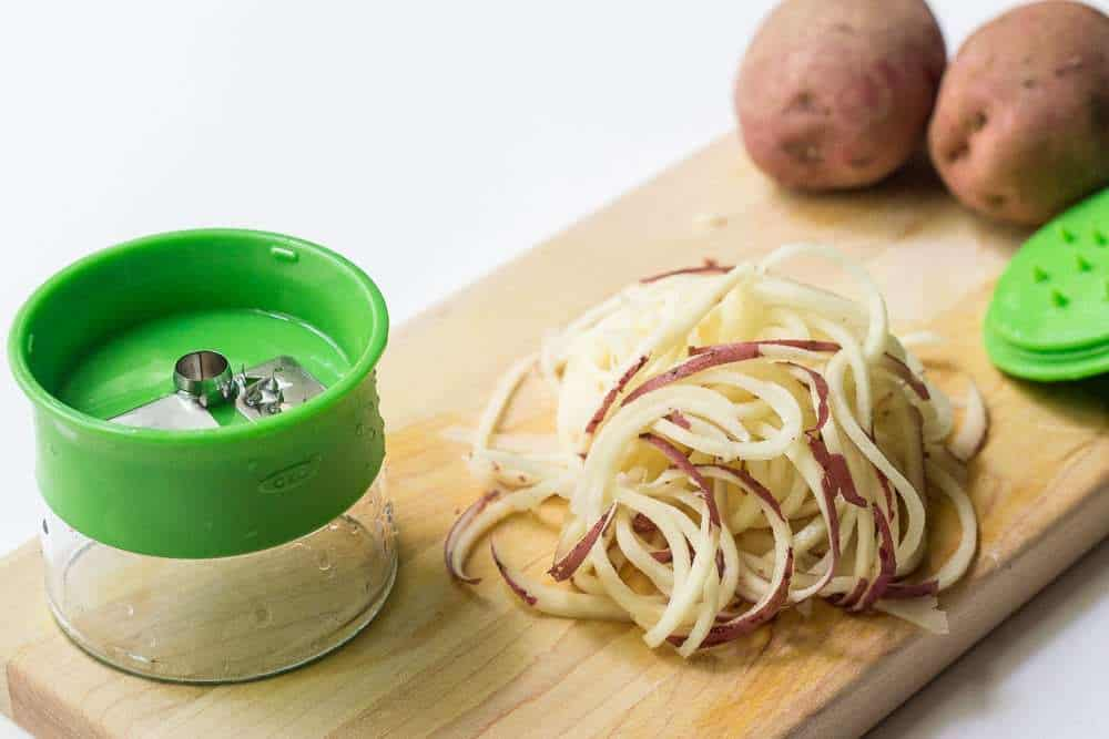 Spicy spiralized potatoes - OXO Hand-Held Spiralizer