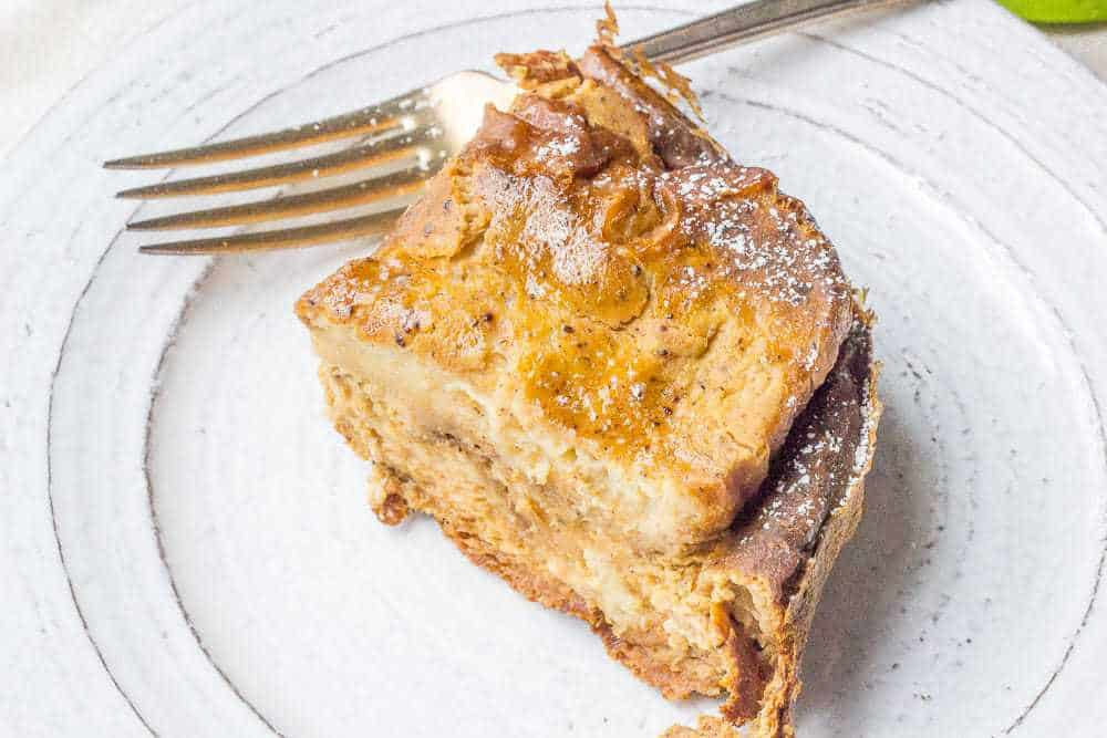 Slow cooker pumpkin French toast makes it easy to wake up in the morning.