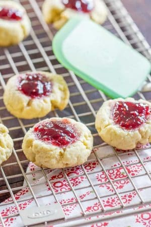 These syltkakor, also known as raspberry jam cookies, are easy to make and perfect for an afternoon coffee break.