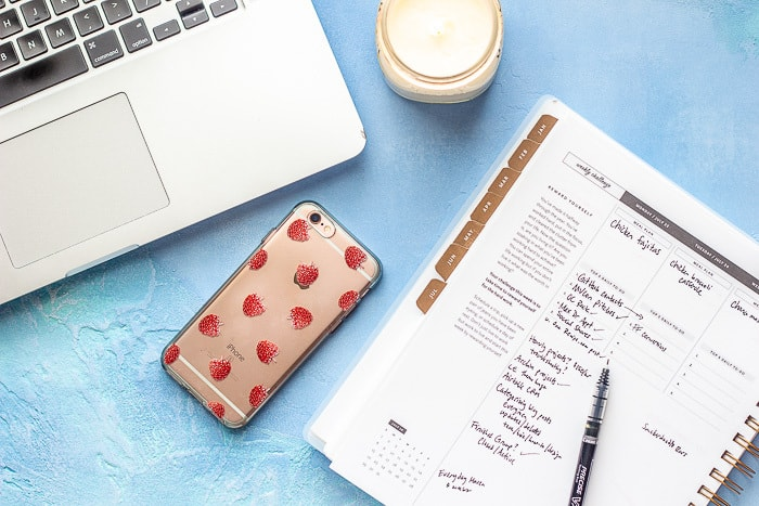 Learn how to choose a day planner to get your life in order.